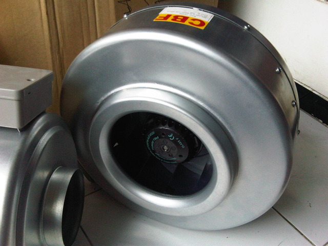 centrifugal duct in line Merk CBF